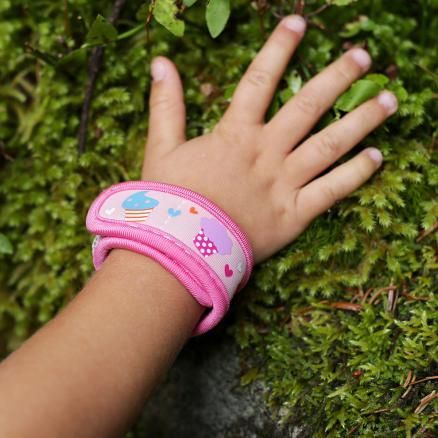 bambini_braccialetto_torta_antizanzara_1